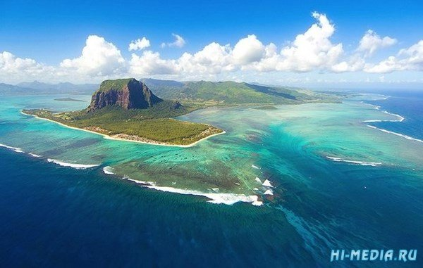 Подводный водопад на Маврикии