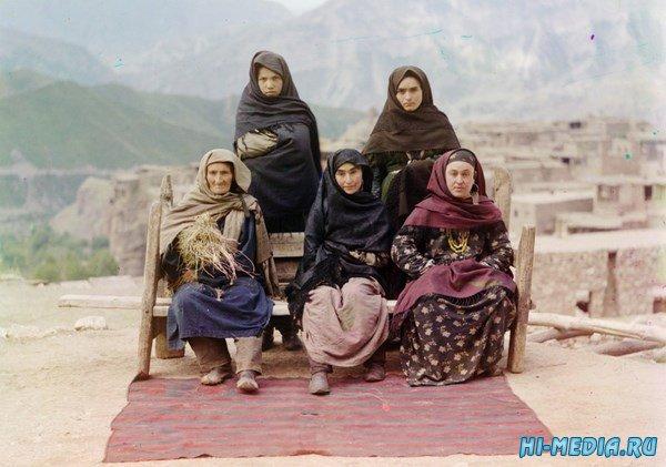 Цветные фотографии начала ХХ века